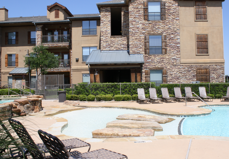 West Fort Worth Apartments - Constellation Ranch