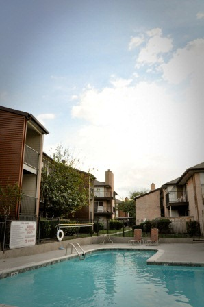 Lakeside Place Apartments for Rent in Houston, TX