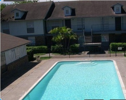 All Bills Paid Apartments in Corpus Christi - Woodbury Place