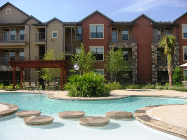 Mason Park Apartments in Katy, TX