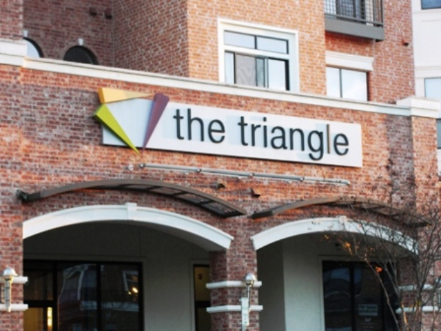 Triangle Lofts - Austin West Campus Apartments