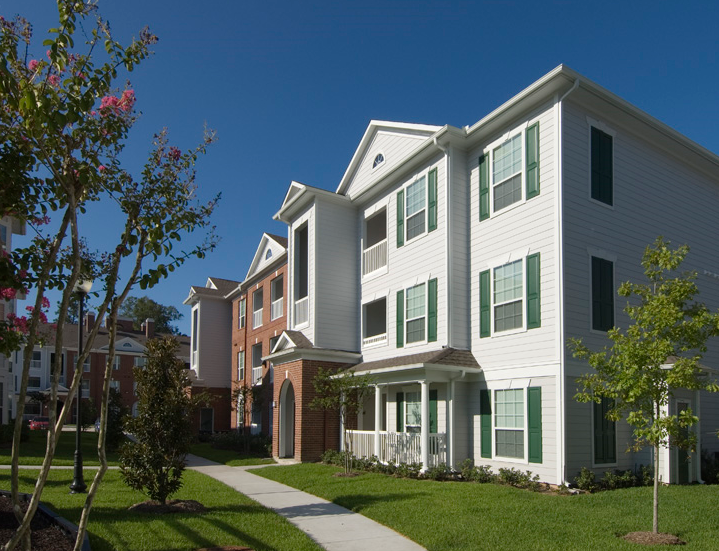 The Plantation Apartments at The Woodlands Apartments in ...